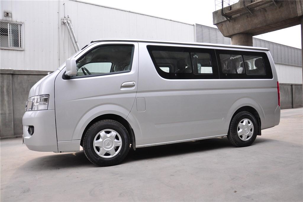 > 车型图库 >  福田 福田 风景g7