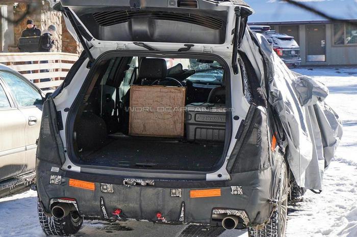 凯迪拉克xt5将替代srx 将于11月迪拜车展发布